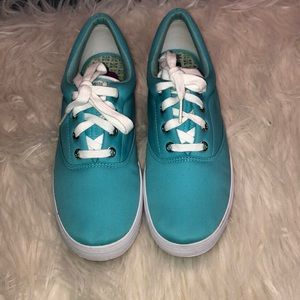KEDS FLATS LOW TOPS SIZE 8 1/2 NWOT